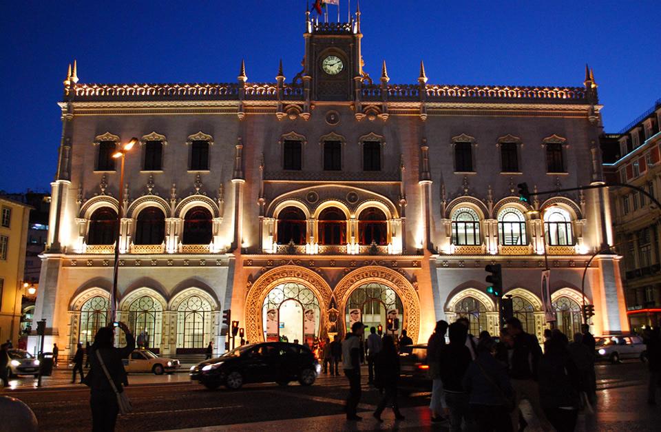 Tour de Lisboa à noite